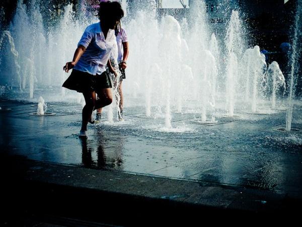 Teenagers in Picadilly Garden Fountain by ianfox