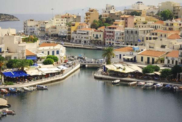 Agios Nikalios by Graham-Mead
