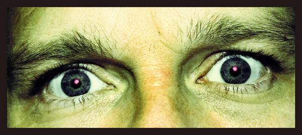 Look into my eyes by jonny_greentree