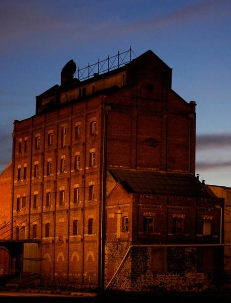 Old Mill by bigredtim