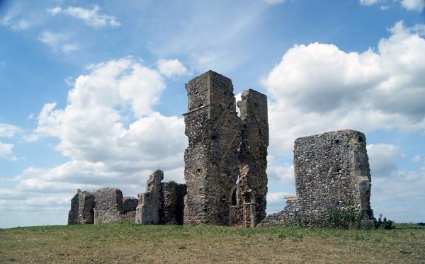 Bawsey St James ruins. by Adam_H