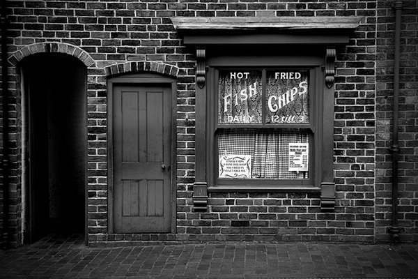 Fried Fish Shop by urdygurdy