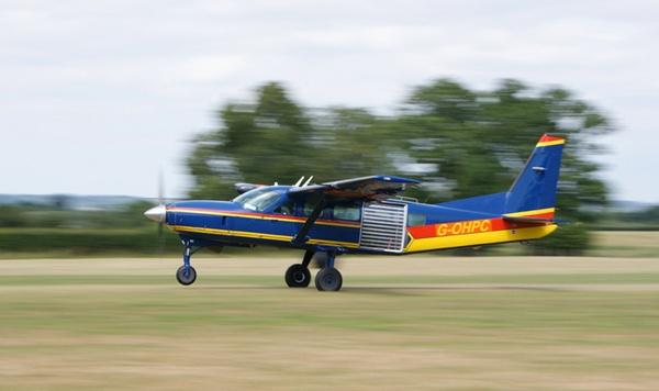 Cessna 208 Caravan Aircraft by andy-coleman