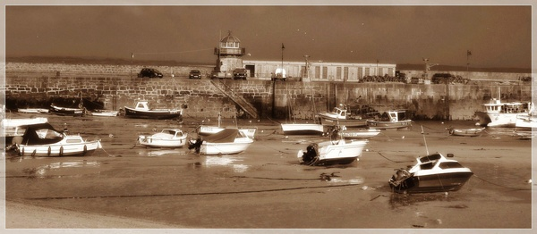 St Ives by RoxyMoo