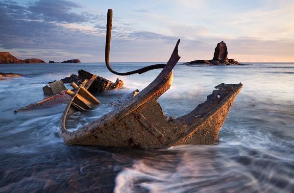 Saltwick Wreck by Eli_Pascall-Willis