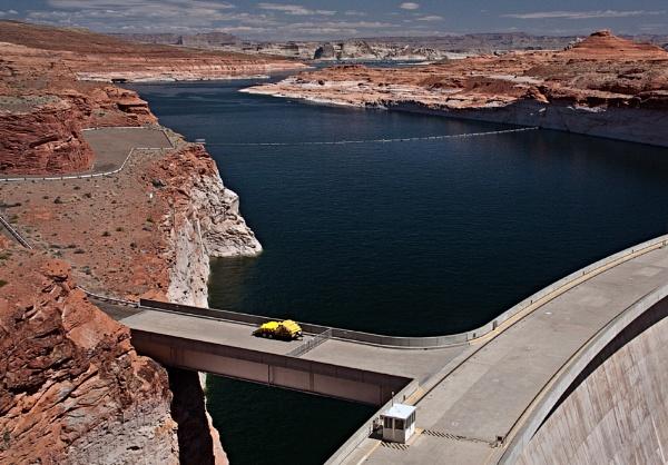Glen Canyon Dam, USA by maggieh