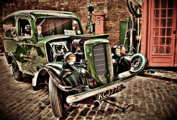 Vintage Revolutions by Thornten