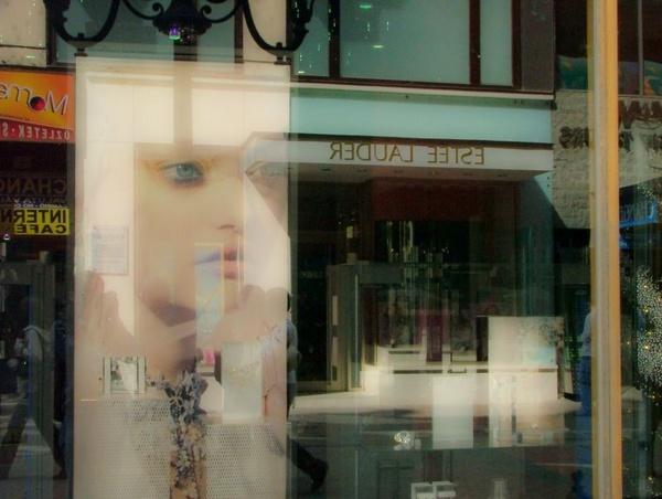 reflections by acidutzzu