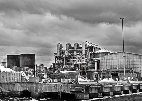 refinery by stefan