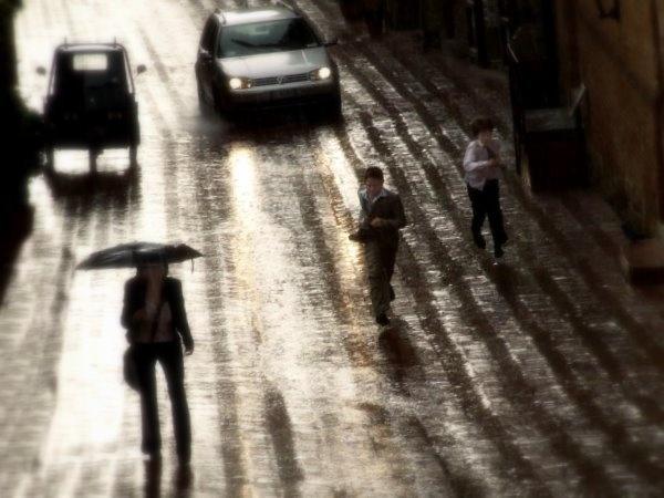 Running away from the rain by xwang