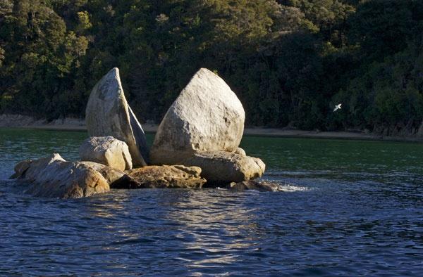Split Apple Rock by stoked2