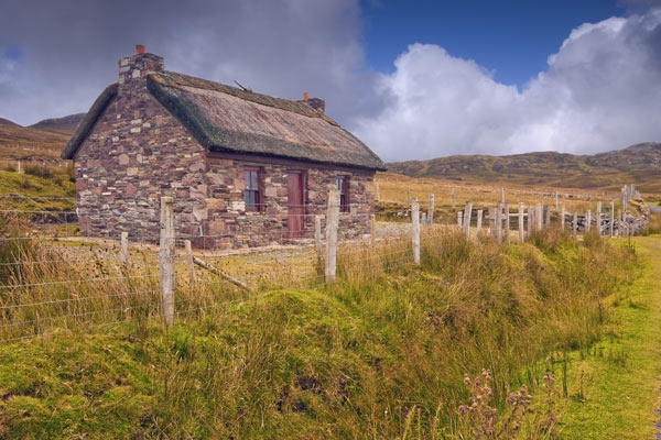 Thatched Cottage by gracemol1