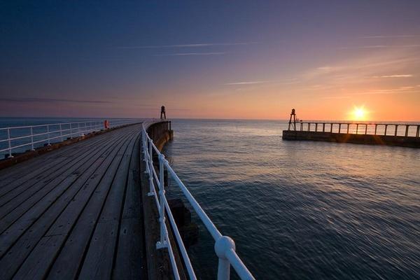 Sunburst Piers by IanBurton