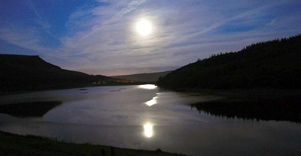 Moon on Ladybower by Gavin_Duxbury