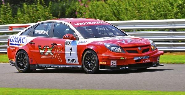 Racing Vectra by ivornikon