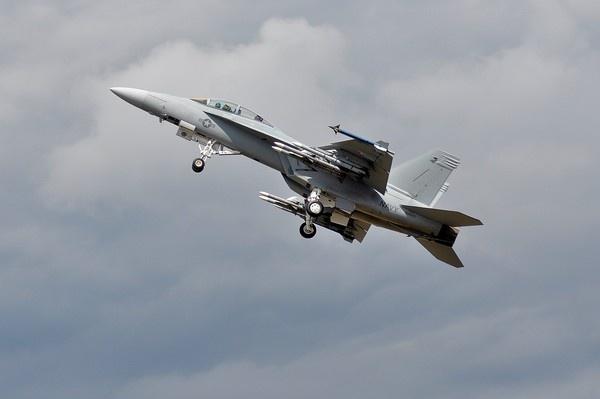 Fighter jet by MTFernandes