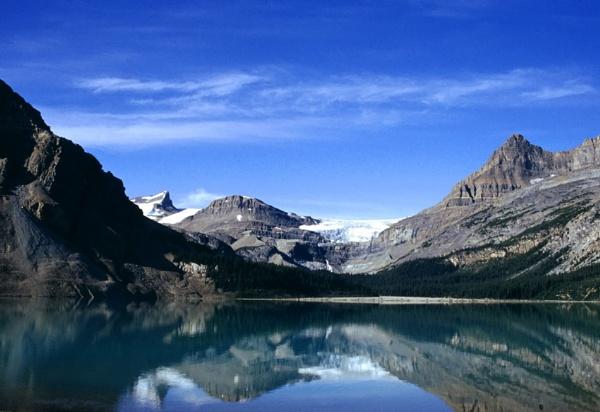 Bow Lake by jaktis