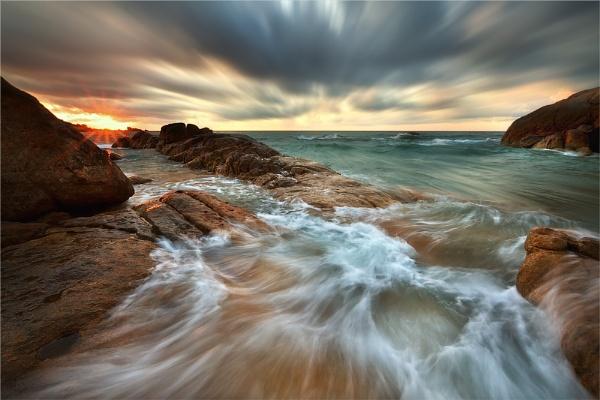 RISING SUN by dmhuynh72