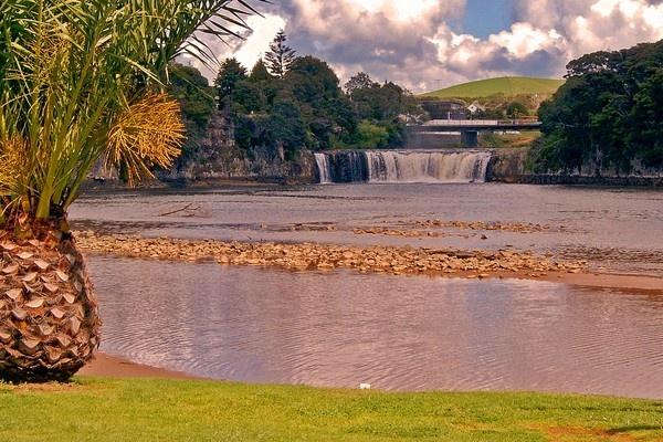 Haruru Falls, Paihia, Bay of Islands, New Zealand by Dukie