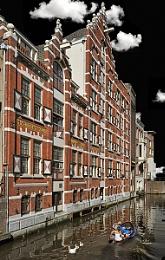 Oudezijds Kolk - Red Light District Amsterdam