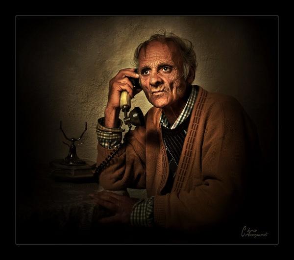 Phone Call 2 by Ruggieru
