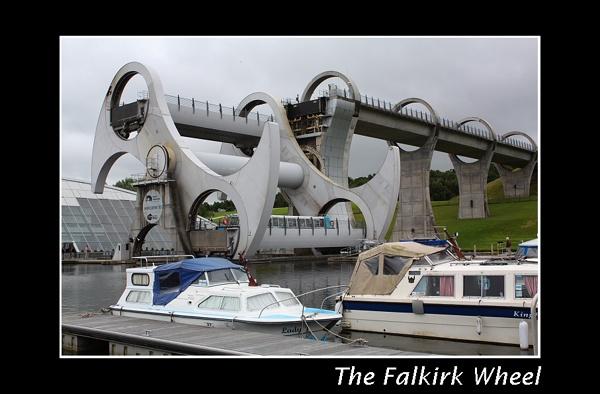 Falkirk Wheel by kpnutt