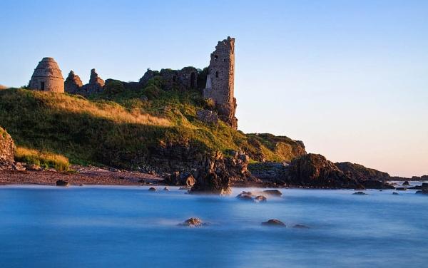 Dunure castle by Les_G