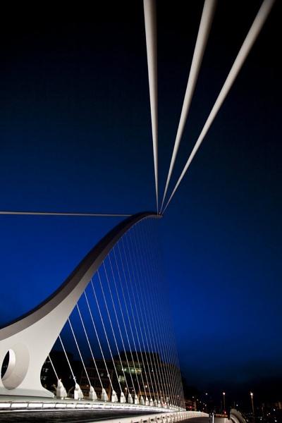 Samuel Beckett Bridge by TIMOINDUBLIN