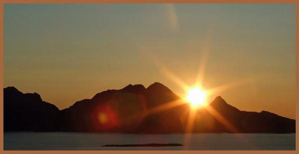 MIDNIGHT SUN by JOKEN