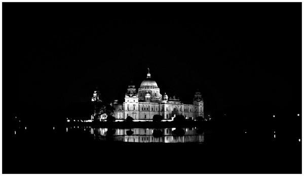 Victoria Memorial by Ananda