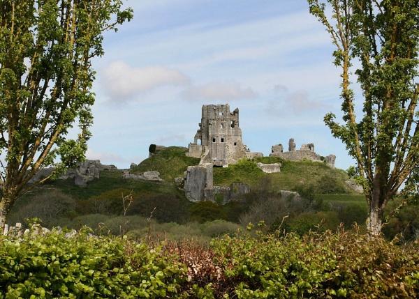 Corfe Castle by Brian65