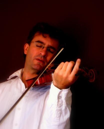 Violinist by Manni1996