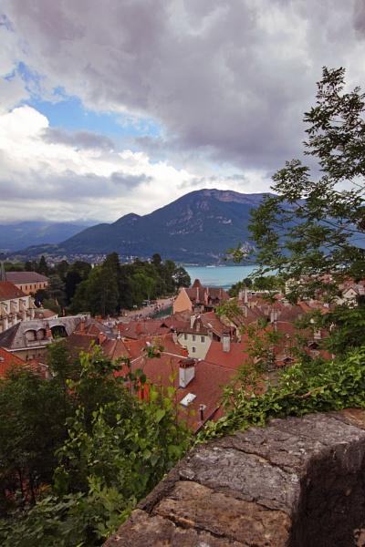 Castle View by gvet