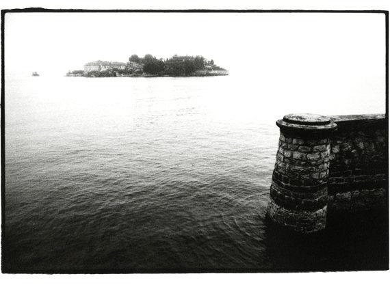 L\'Isola Bella, Lago Maggiore, Italy - October 2001 by tobydeveson