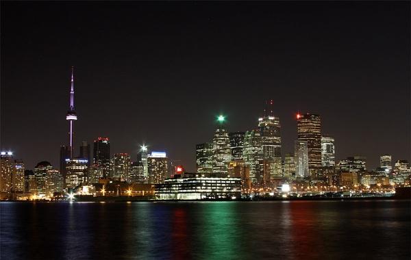Toronto Ontario Canada by chieflong