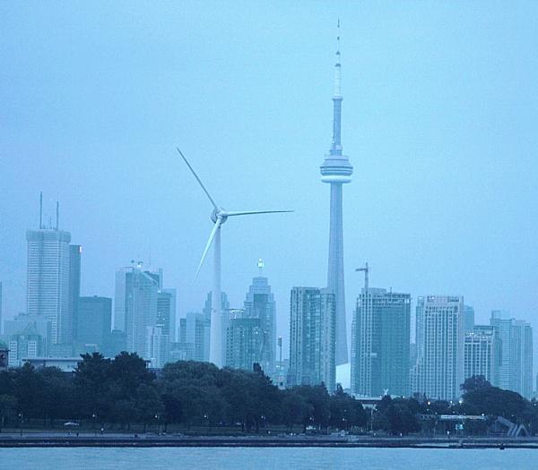 Toronto, Canada, Sky line and Shores by chuckspics