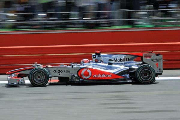 McLaren at Silverstone by netsukekoi