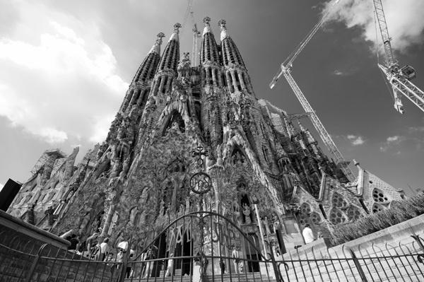 Sagrada by Brizzle