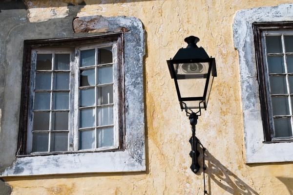 Window Lamp by jrpics