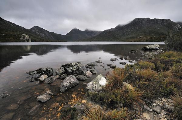 Dove Lake II by Walkthru