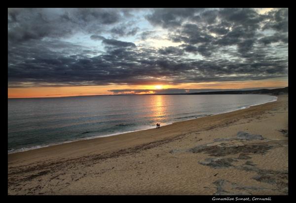 Gunwalloe Sunset, Cornwall by dave37