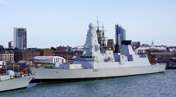 Royal Navy Steathy looking ship by Pentaxpaul