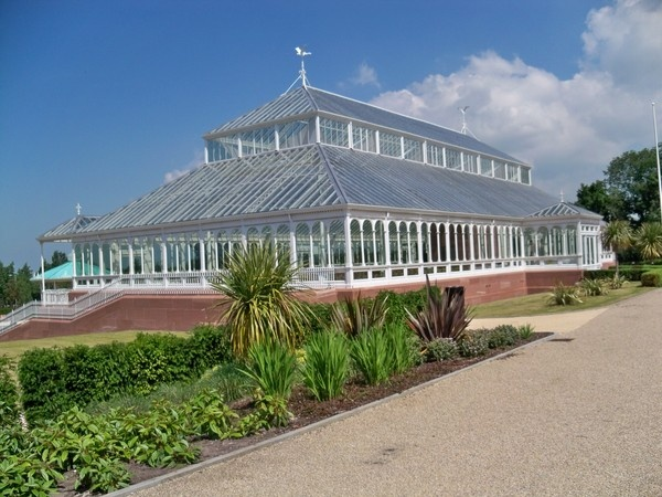 Conservatory Stanley Park Liverpool by Peagreen