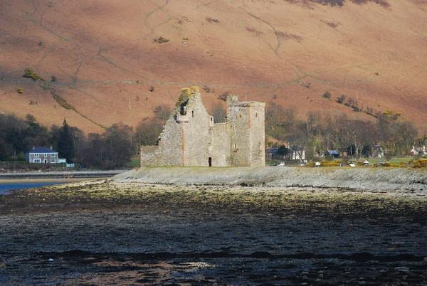 Lochranza Castle, Arran, Scotland by Dyker_1976