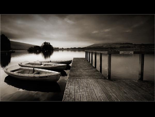 Llangorse B&W by Rob_Taylor