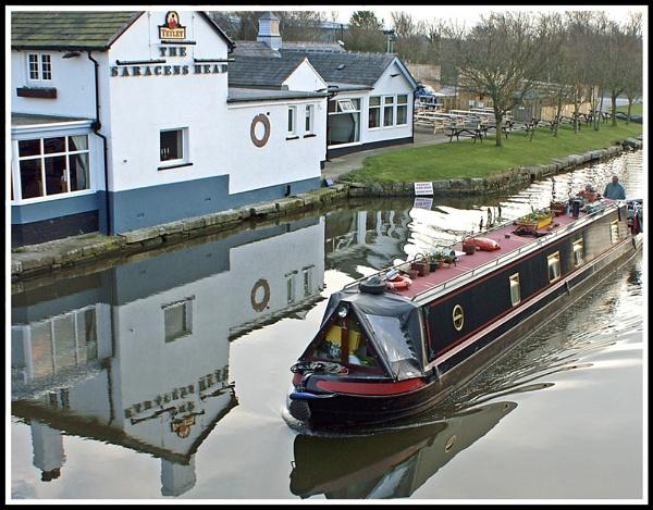 Narrow Boat by cedaray