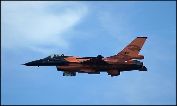 F-16 by alianar