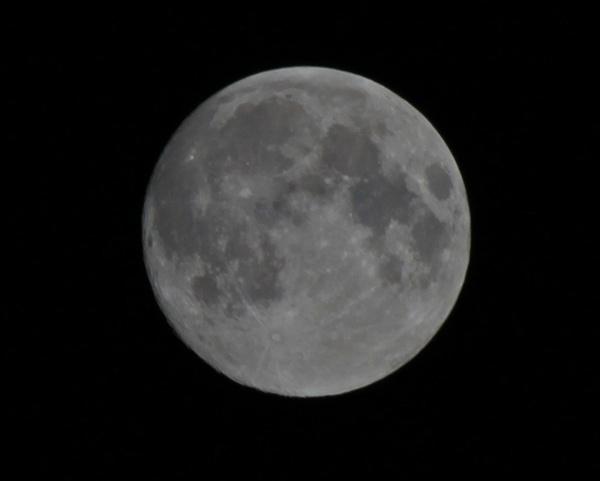 Full Moon by mrpjspencer
