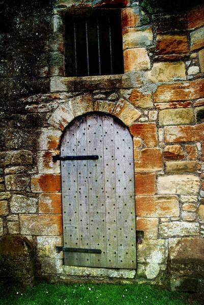 Old Doorway by bigwulliemc