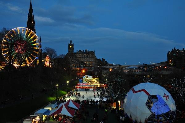 Festive Evening Merriness In Edinburgh by Dyker_1976